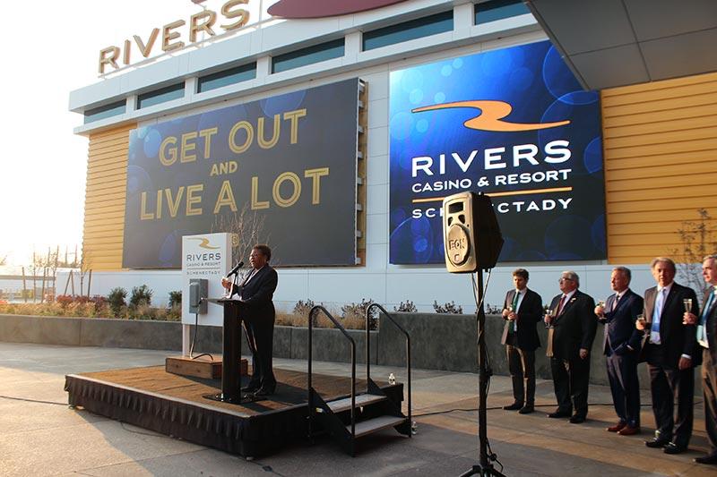 Rivers Casino director speaking at ribbon cutting
